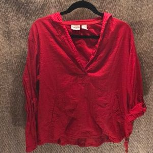 Xl red pull over top